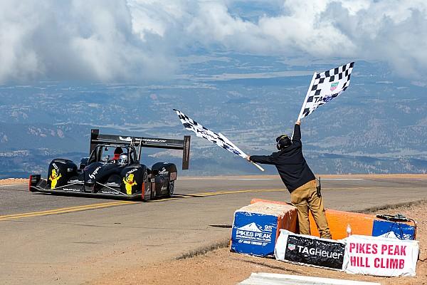 Pikes Peak 2017: Sieg für Romain Dumas mit Hindernissen