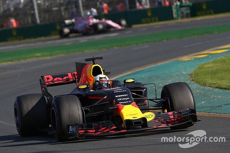 Ricciardo: La Red Bull RB13 manque d'appui à l'arrière