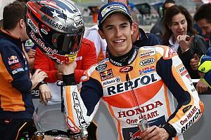 Marquez pakt vijfde opeenvolgende zege in Texas, crash Viñales