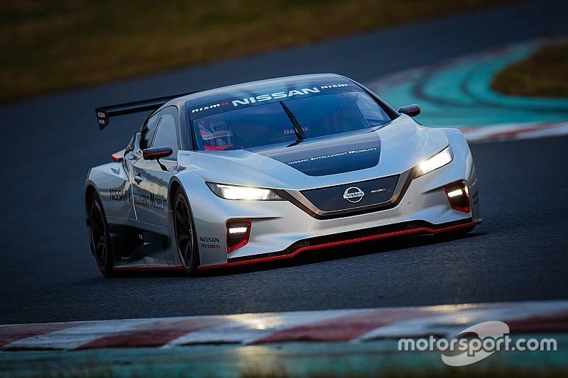 Nissan перетворив електромобіль Leaf в гоночну машину