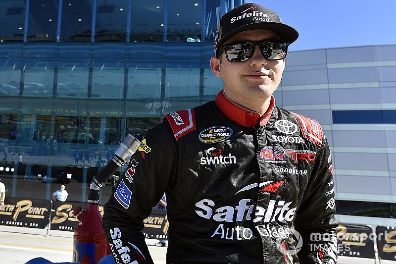 Noah Gragson to replace Sadler at JR Motorsports in 2019