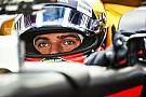 Video: Verstappen reveals 2018 helmet design