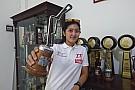 Other cars Makna hari Kartini di mata Alinka Hardianti