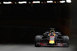 Ricciardo bate Verstappen e domina dia em Mônaco