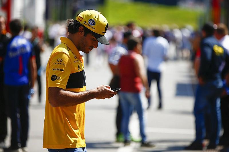 Сайнсу стало жаль гонщиков MotoGP из-за кочек в Сильверстоуне