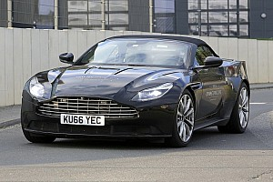 Automotive Nieuws Spyshots: Dakloze Aston Martin DB11 getest op de Nordschleife