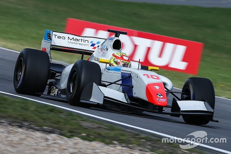 Isaakyan e Palou si dividono i successi al Nurburgring