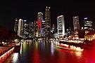 A villanyfényes szingapúri F1-es pálya felülről