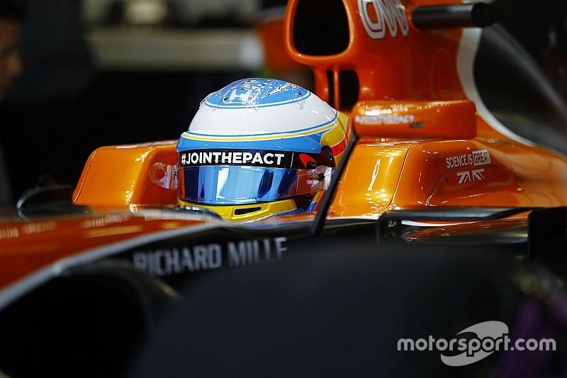 El McLaren-Honda de Alonso no duró ni dos vueltas
