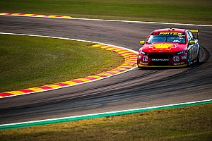 Supercars Race report Darwin Supercars: Coulthard pips McLaughlin in Race 1