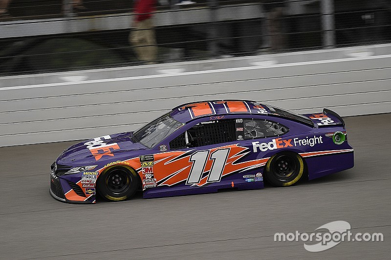 NASCAR: Denny Hamlin dominiert Michigan-Qualifying
