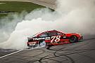 NASCAR Cup NASCAR: Kansas-Sieg für Truex Jr., Playoff-Aus für Larson und Co.