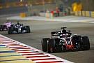 FIA、F1マシンから飛散するパーツを危険視。マシンチェック強化を検討