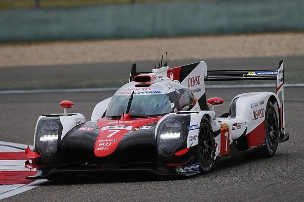 WEC Bahrein: Toyota opent slotweekend met snelste tijd