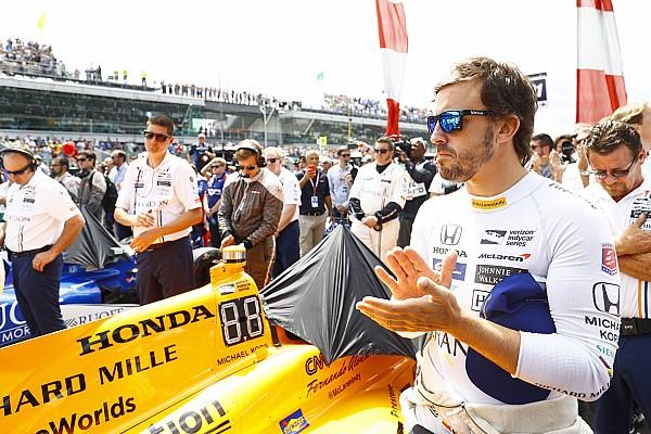 Алонсо дивиться за межі «малого світу Формули 1»
