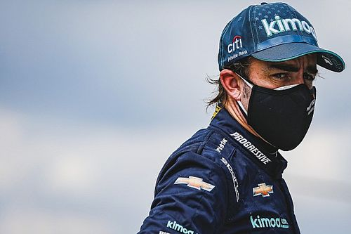 """""""Elképesztő élmény"""" volt Alonsónak visszatérni a Renault gyárába"""