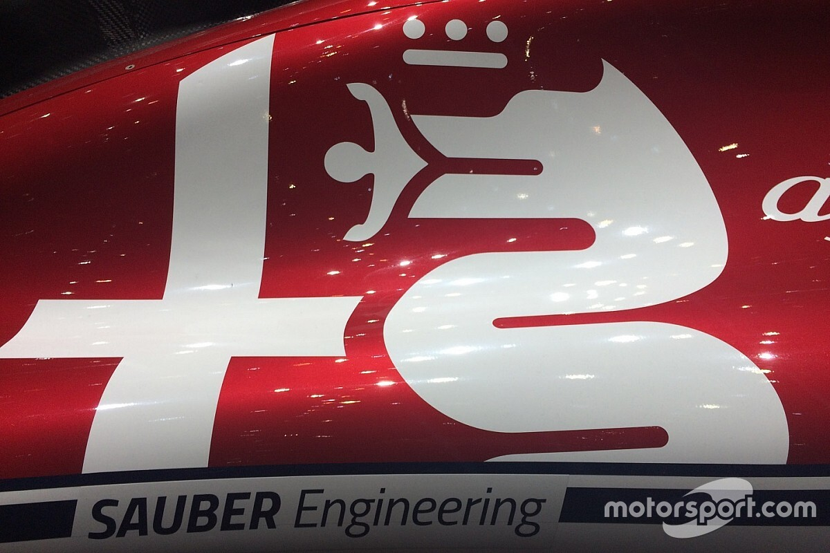 Biztosra megy az Alfa Romeo Racing az első futamokon, visszaépítik a kocsit