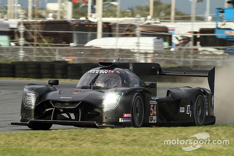 La Nissan salta davanti alla Mazda nell'ultima sessione dei test della 24 Ore di Daytona
