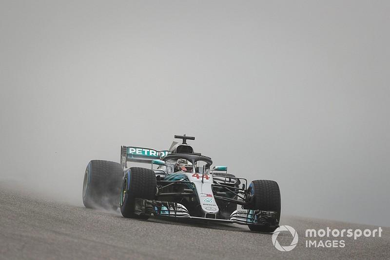 Hamilton cierra el mojado viernes de Austin en cabeza