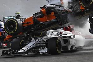 Exclusief: Halo voorkwam contact tussen Alonso en hoofd Leclerc in Spa