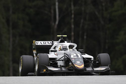 Drámai döntés után Iwasa nyerte az első F3-as futamot, Tóth László a 27.