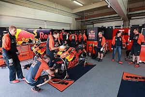 MotoGP News KTM-Duo: Großer Unterschied zwischen Werks- und Satellitenfahrer