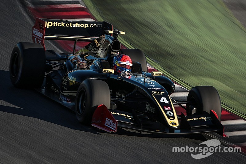 Фиттипальди проведет сезон Формулы V8 3.5 в Lotus