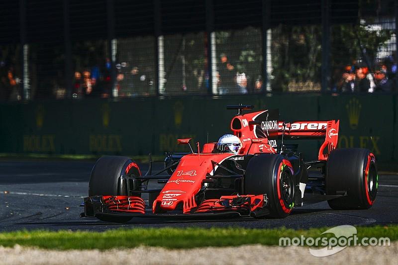 【F1】アロンソ「燃費悪い、パワー&信頼性ないPUがレースを妨げる」