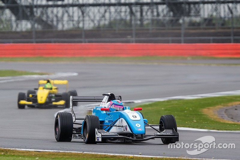 Eurocup Silverstone: Defourny klaim pole, Presley start ke-21