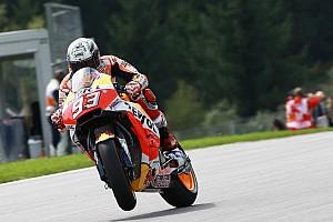 MotoGP Отчет о тренировке Маркес показал лучшее время в третьей тренировке в Шпильберге