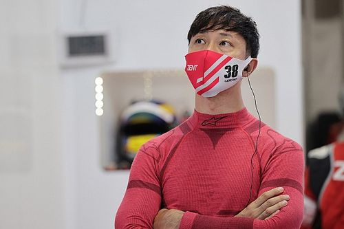 """石浦宏明、鈴木亜久里とコース上で20年ぶりの""""遭遇""""。F1夢見る少年時代の気持ちを思い出した?"""