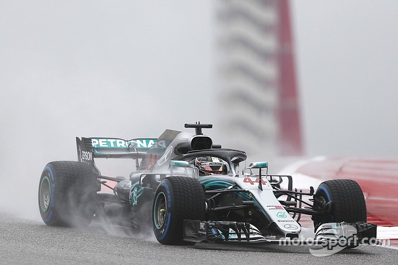 Hamilton lidera una primera práctica mojada en Austin