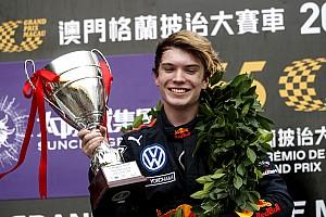 Macau F3: Bol olaylı yarışı Ticktum kazandı!