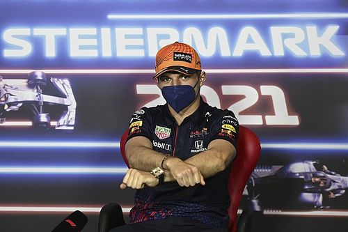 Verstappen felszólította az FIA-t, hogy vizsgálják meg az első szárnyakat is