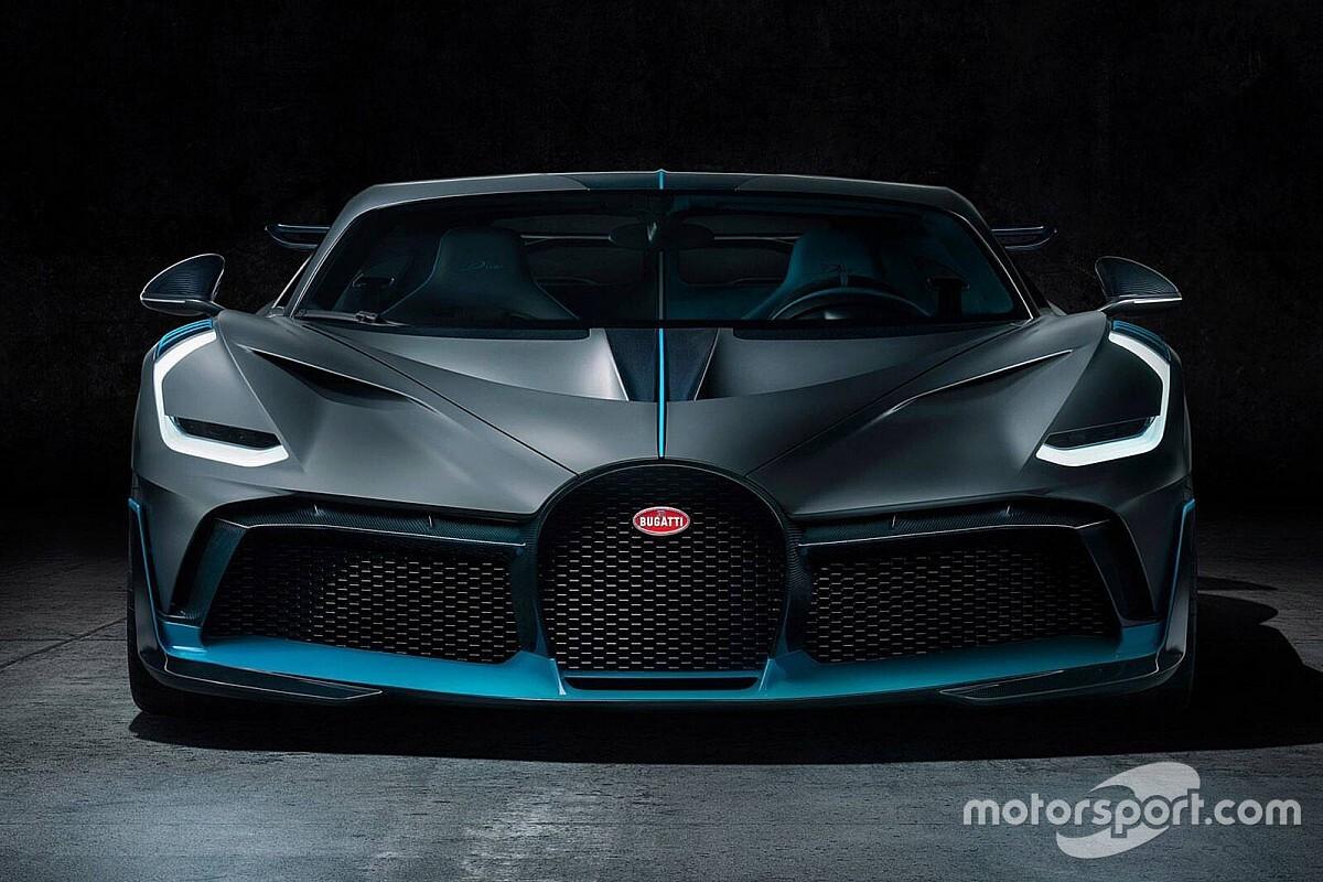 Bugatti представила в Пеббл-Бічі новий гіперкар Divo