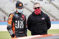 Chandler Smith Perkuat KBM pada Seri Truk NASCAR 2021