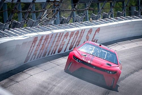 """Darlington Next Gen test shows """"the car respects the track"""""""