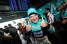Видео: сын Баррикелло прокатил отца в гоночной машине