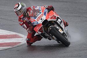 MotoGP News Ducati: Lorenzo profitiert stärker von Pirro als Dovizioso