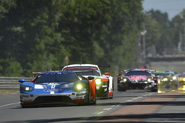 Le Mans Final lap of Le Mans GTE battle