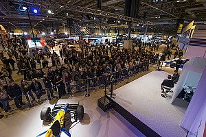 Общая информация Прямой эфир Прямой эфир: автоспортивное шоу Autosport International