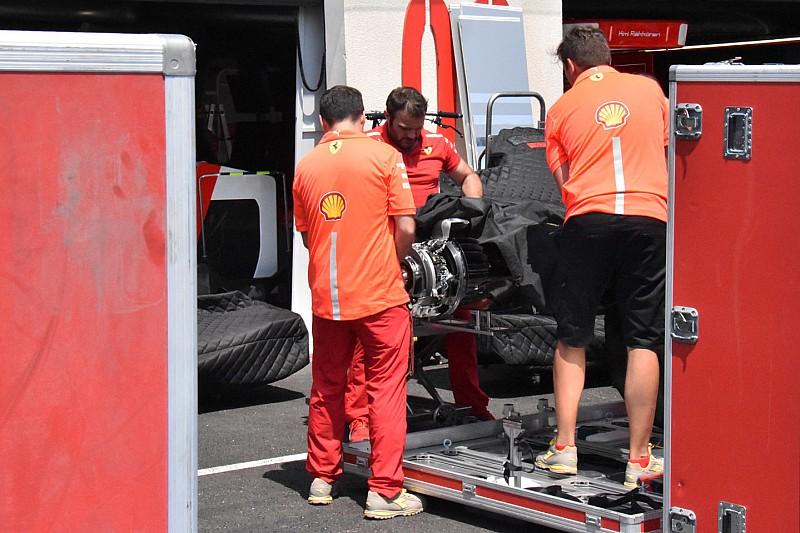 Ferrari: il cambio di scorta con la sospensione posteriore già assemblata