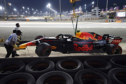 Red Bull onthult oorzaak crash Verstappen in kwalificatie Bahrein