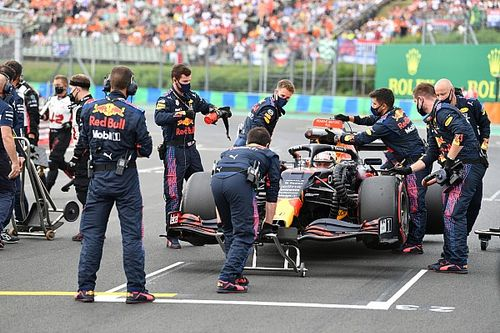 """Verstappen: """"Lewis'ten daha hızlı olduğuma kesinlikle eminim"""""""