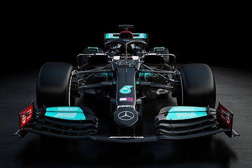 Mercedes F1 revela el W12, negro... ¡y plata!