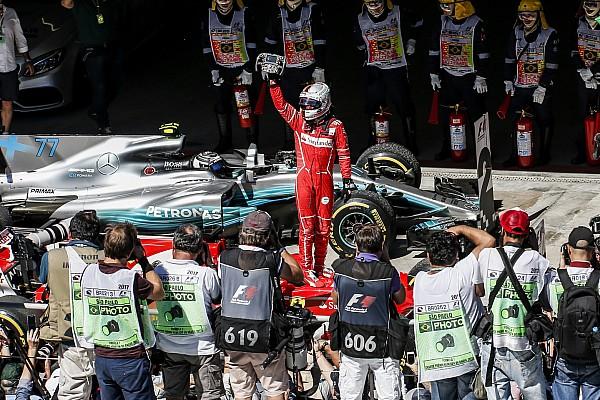 Fotoğrafın ardındaki hikaye: Vettel ve Ferrari yeniden galibiyete ulaşıyor