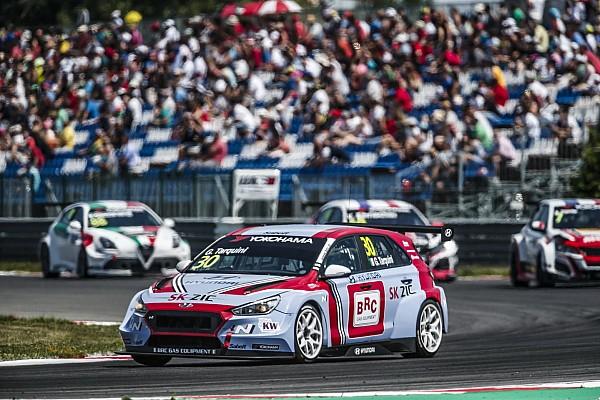 Slovakia WTCR: Tarquini retakes points lead with Race 2 win