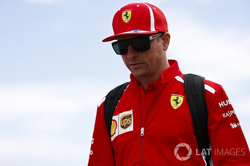 "Magnussen slams ""confused"", ""desperate"" Raikkonen after Q3 run-in"