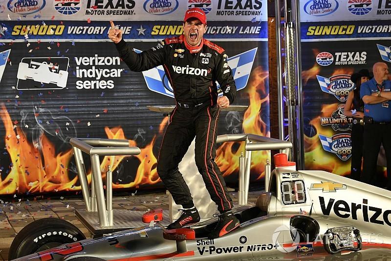Пауэр выиграл полную аварий гонку в Техасе, Алешин попал в завал