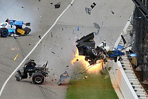 IndyCar Breaking news Dixon lolos dari cedera parah setelah kecelakaan hebat di Indy 500